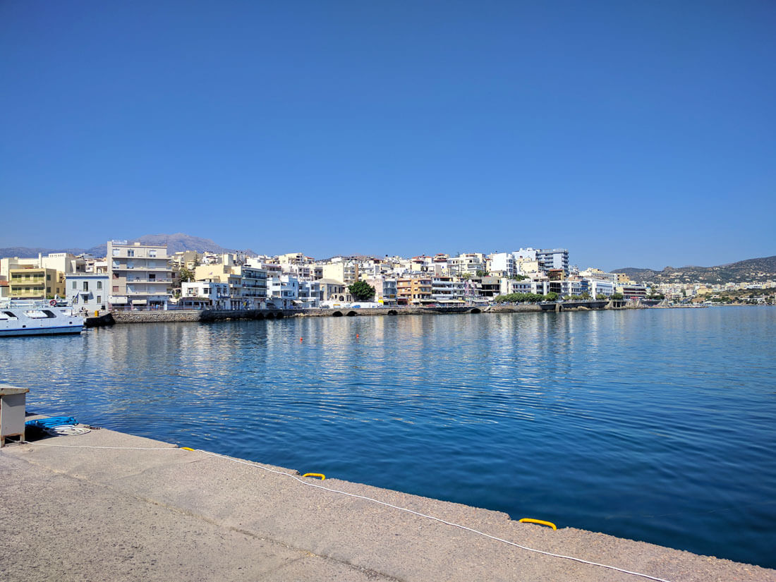 фото гавани острова Агиос Николаос