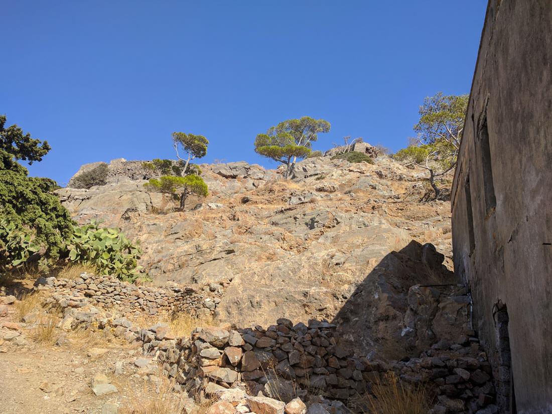 фото в середине крепости  Спиналонга